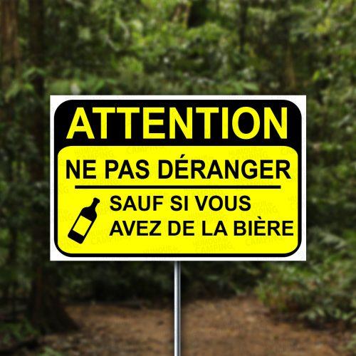 Horizontal-HumourCamping-Pancarte-attention-ne-pas-deranger-sauf-biere
