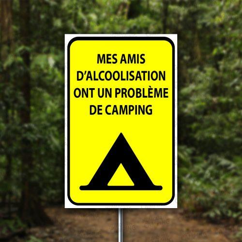 Vertical-HumourCamping-Pancarte-mes-amis-dalcoolisation-ont-un-probleme-de-camping
